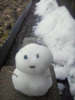まだ雪が…